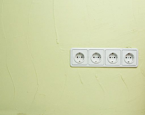 Скрытая проводка кабеля