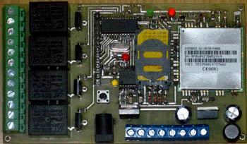 Четырёхканальное устройство управления и контроля