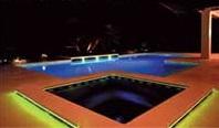 освещение открытого бассейна